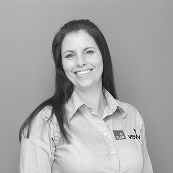 Claire Sellars | Customer Service Executive